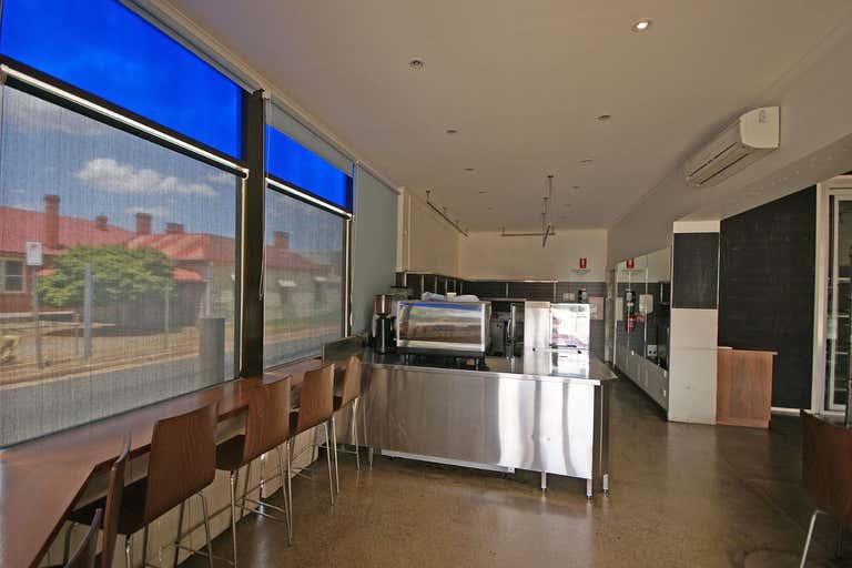 489 Swift Street Albury NSW 2640 - Image 3