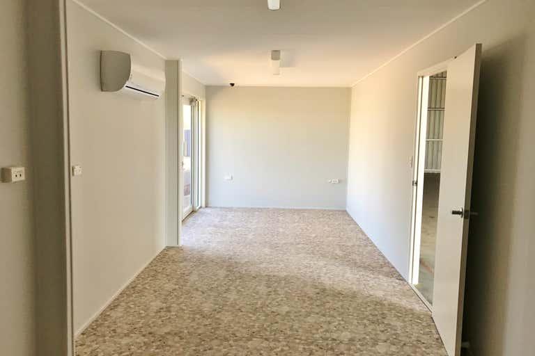 93 Raglan Street Roma QLD 4455 - Image 3