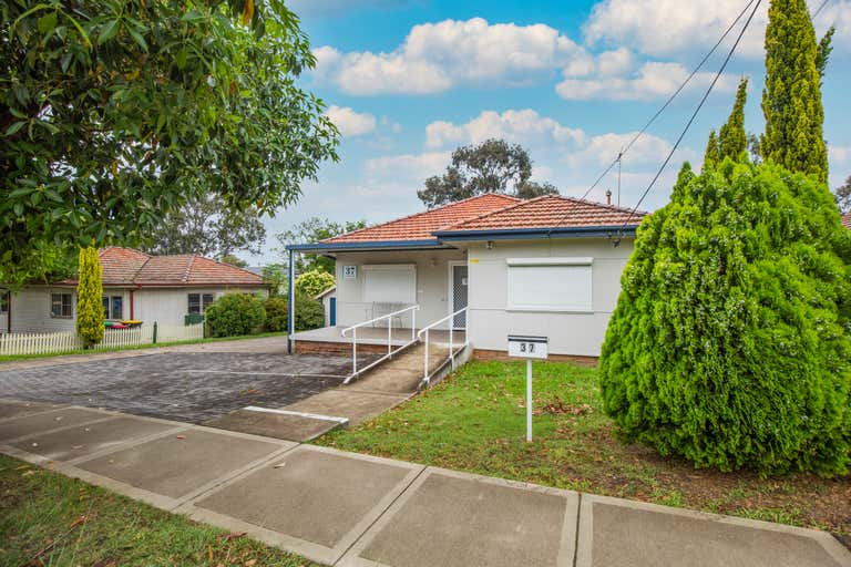 37 Colless Street Penrith NSW 2750 - Image 1