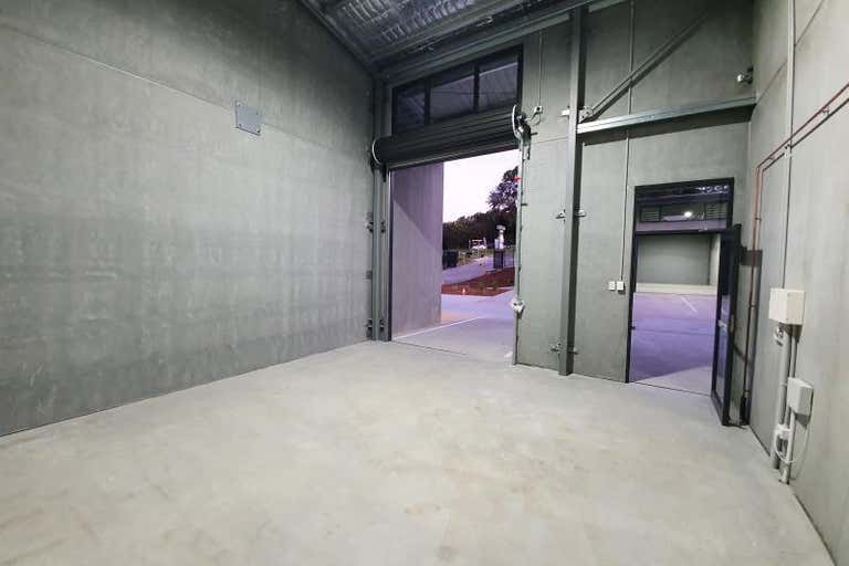 Unit 302, 900 Pacific Highway Lisarow NSW 2250 - Image 4