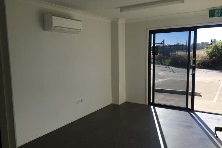 1/4 Dwyer St Chinchilla QLD 4413 - Image 3