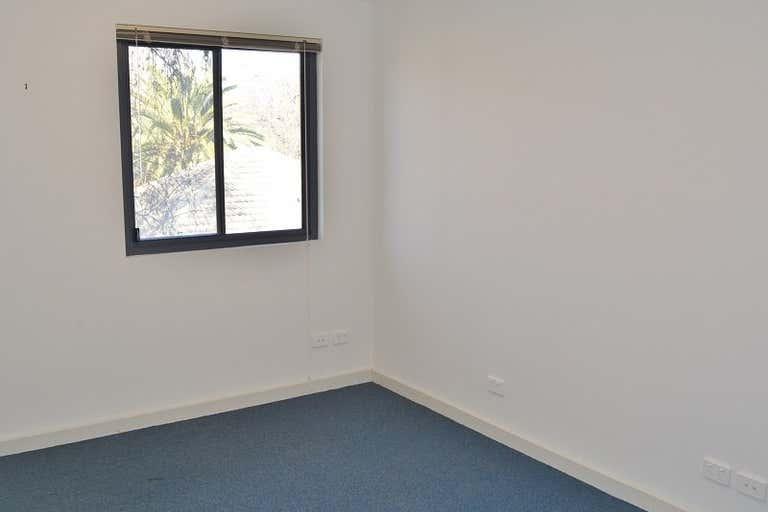 Single Rooms, 26 Hack Street Mount Barker SA 5251 - Image 4