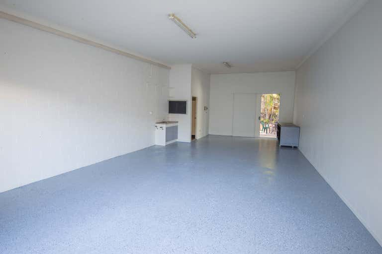 12/11 Bailey Crescent Southport QLD 4215 - Image 4