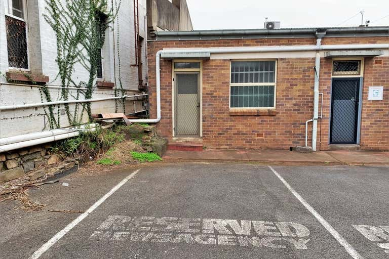 76 Russell Street Toowoomba City QLD 4350 - Image 4
