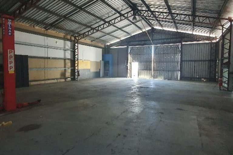 3 McCosker Street Emerald QLD 4720 - Image 2