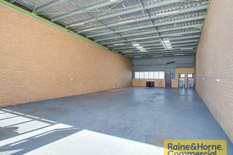 12/28 Bangor Street Archerfield QLD 4108 - Image 3