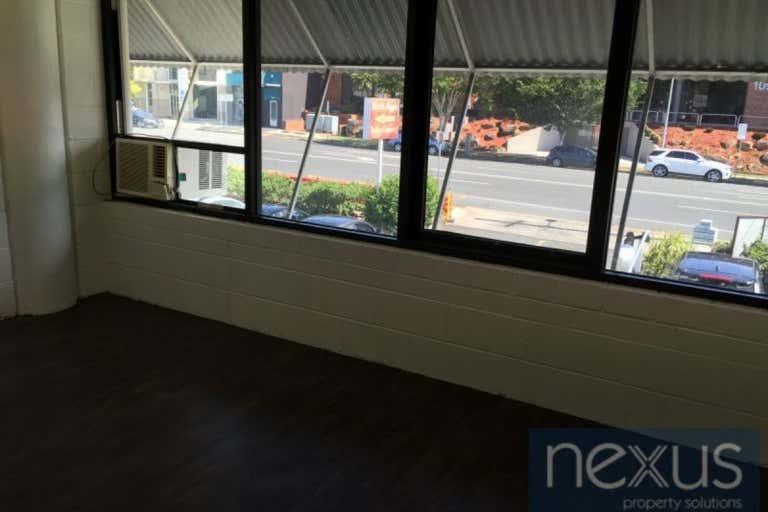2/110 Logan Road Woolloongabba QLD 4102 - Image 4