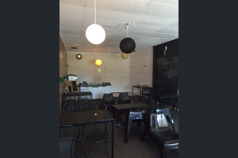 26/100 Brisbane Road Labrador QLD 4215 - Image 4
