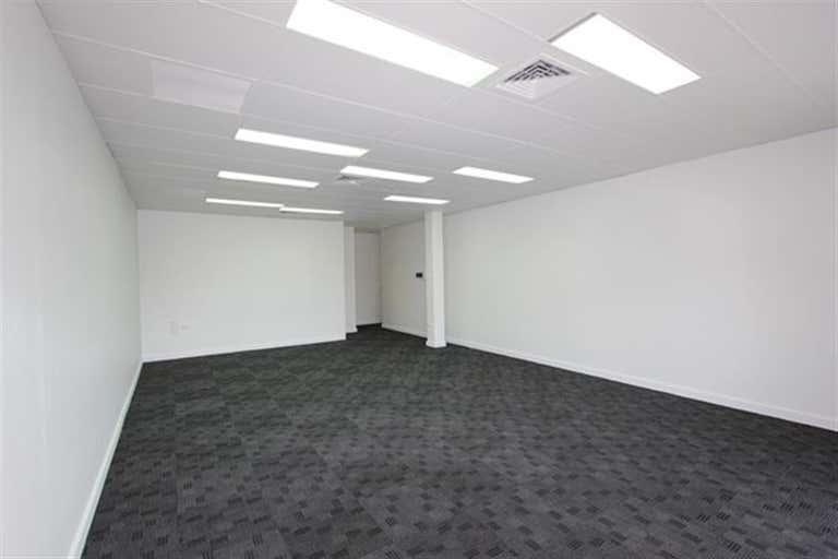 1B/3 Dennis Road Springwood QLD 4127 - Image 4