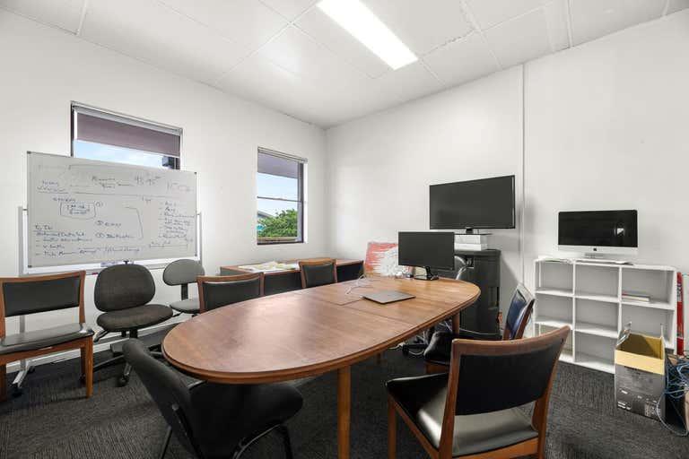 Suite 4/17 Lawson Street Byron Bay NSW 2481 - Image 3