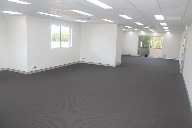 Suite 5/22 Minjungbal Drive Tweed Heads South NSW 2486 - Image 4