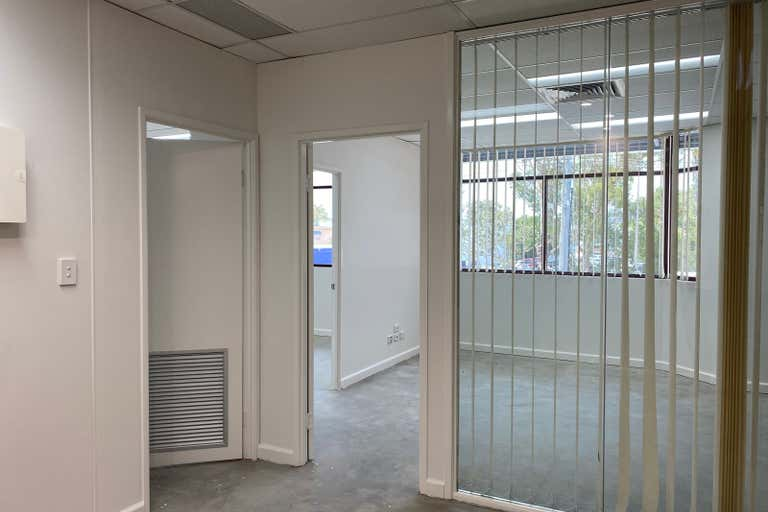 Suite 4, 66 Duporth Avenue Maroochydore QLD 4558 - Image 2