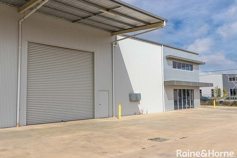 4 Lombard Drive Robin Hill NSW 2795 - Image 4