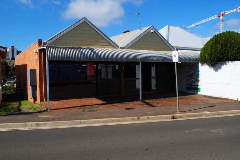 2/6 Station Street Toowoomba City QLD 4350 - Image 1