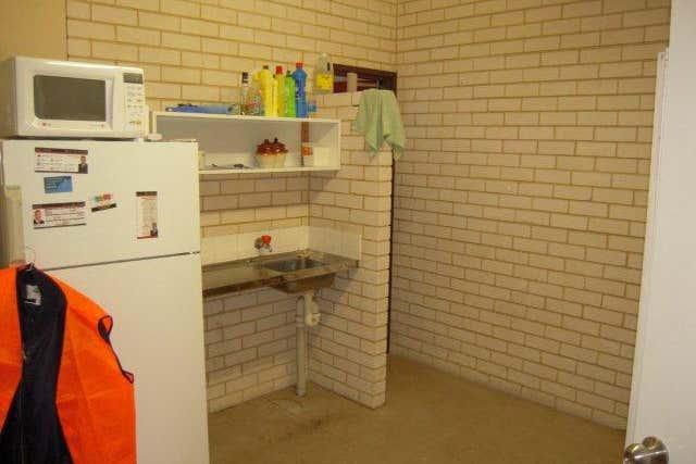 Unit 6, 18 Milford Street East Victoria Park WA 6101 - Image 4
