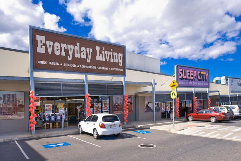 Red Hill Homemaker Centre, 2 & 3, 404-434 YAAMBA ROAD Norman Gardens QLD 4701 - Image 3