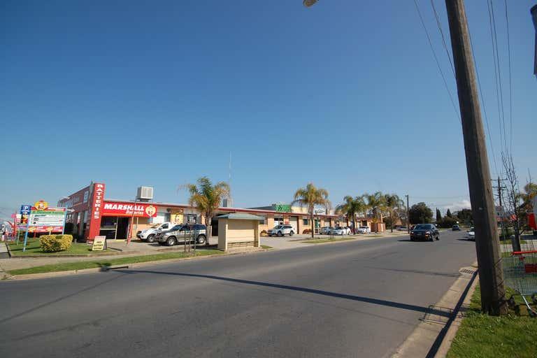 4/427 Wagga Road Lavington NSW 2641 - Image 2