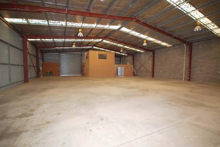 873 Ramsden Drive North Albury NSW 2640 - Image 2