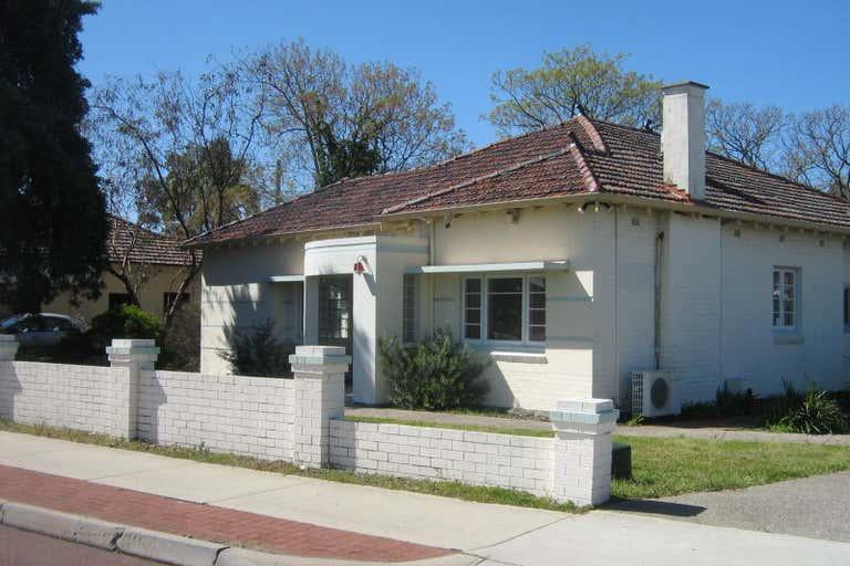 4 Barker Avenue Como WA 6152 - Image 1