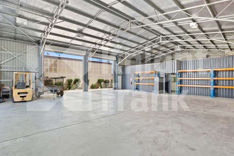 44 Glenmore Road Park Avenue QLD 4701 - Image 3