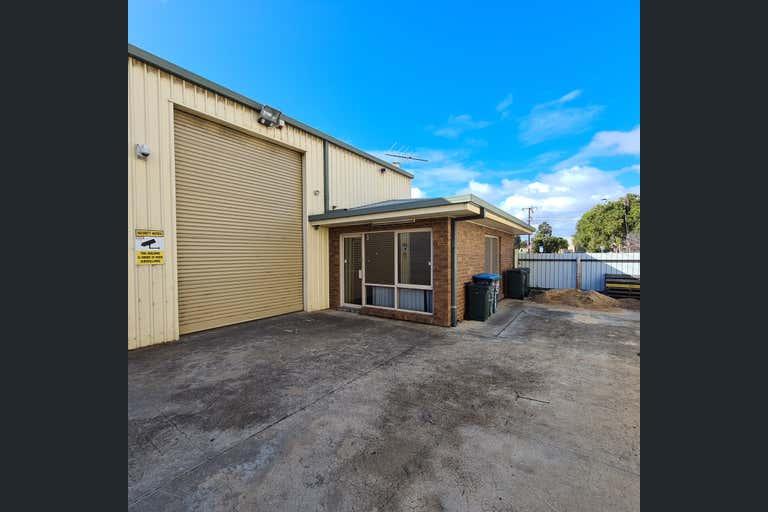 3/20 Endeavour Drive Port Adelaide SA 5015 - Image 2