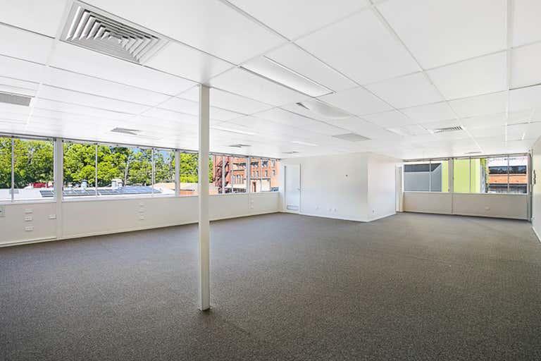 8B Bell Street Toowoomba City QLD 4350 - Image 3