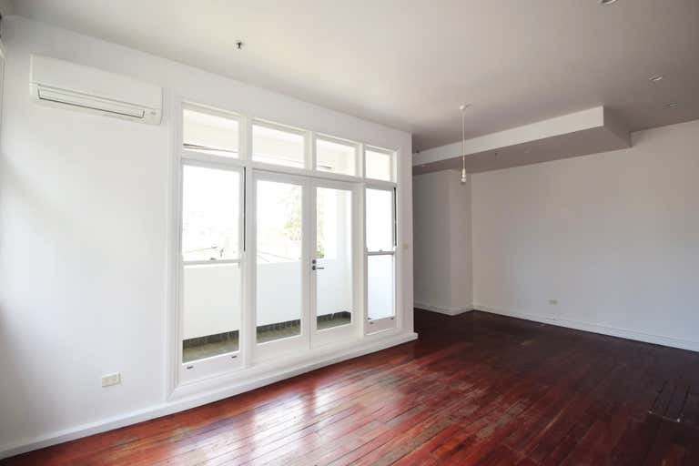 202/27 ABERCROMBIE Street Chippendale NSW 2008 - Image 3
