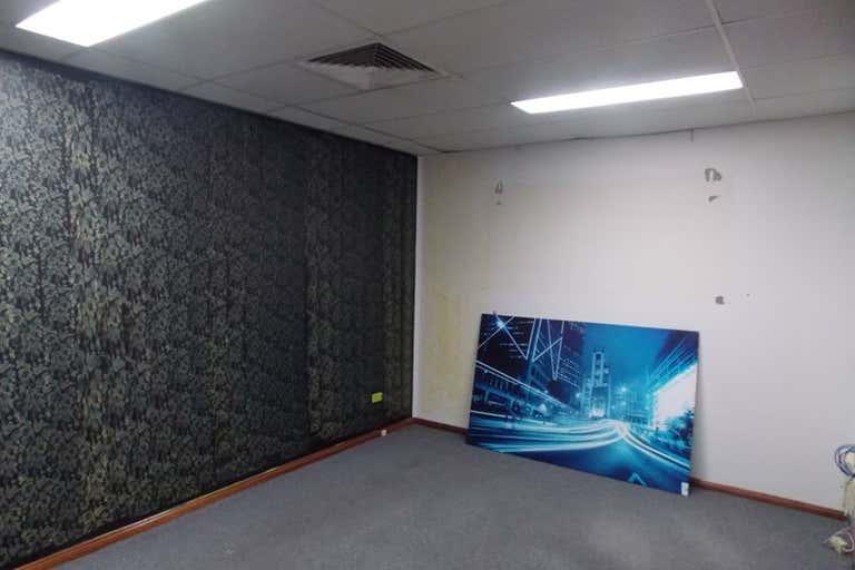 Level 1 Unit 32, 15 Valediction Road Kings Park NSW 2148 - Image 4
