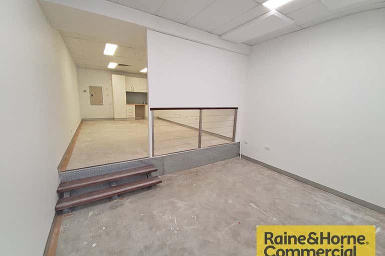 4/2 Heather Street Wilston QLD 4051 - Image 2