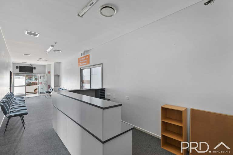 166-168 Bazaar Street Maryborough QLD 4650 - Image 3