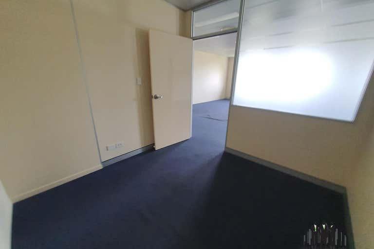 3/3-5 Jockers St Strathpine QLD 4500 - Image 4