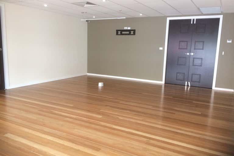 1/1/162 John Street Singleton NSW 2330 - Image 2