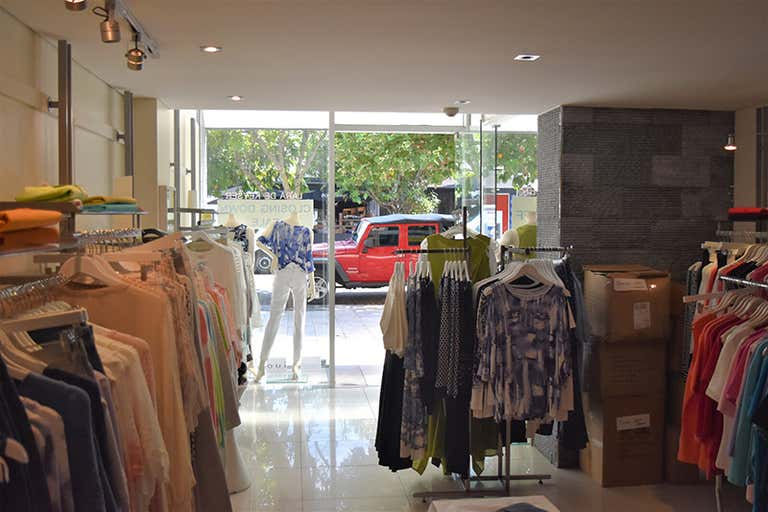 5/5 Hastings Street Noosa Heads QLD 4567 - Image 2
