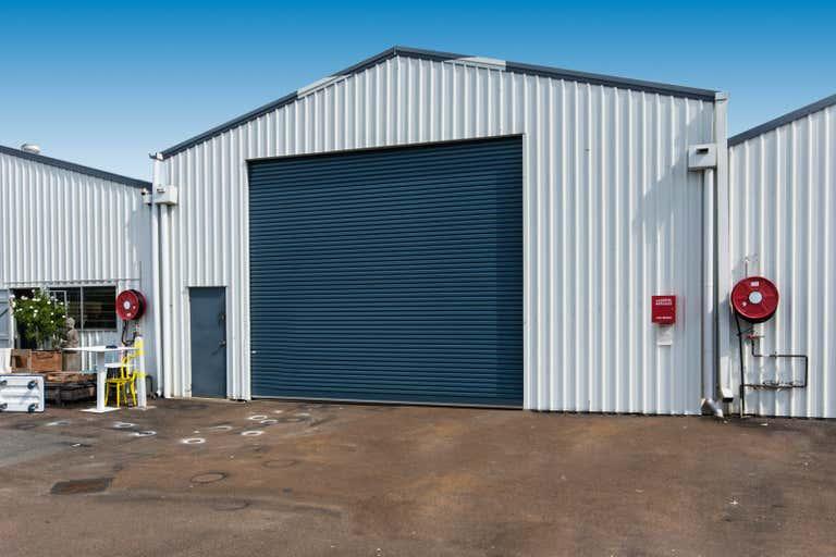 Unit 2/4 Leo Alley Road Noosaville QLD 4566 - Image 1