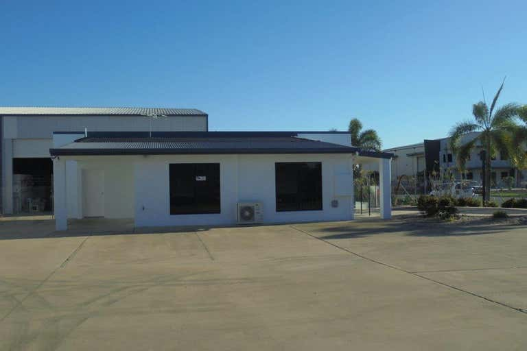 13 Transport Avenue Paget QLD 4740 - Image 3