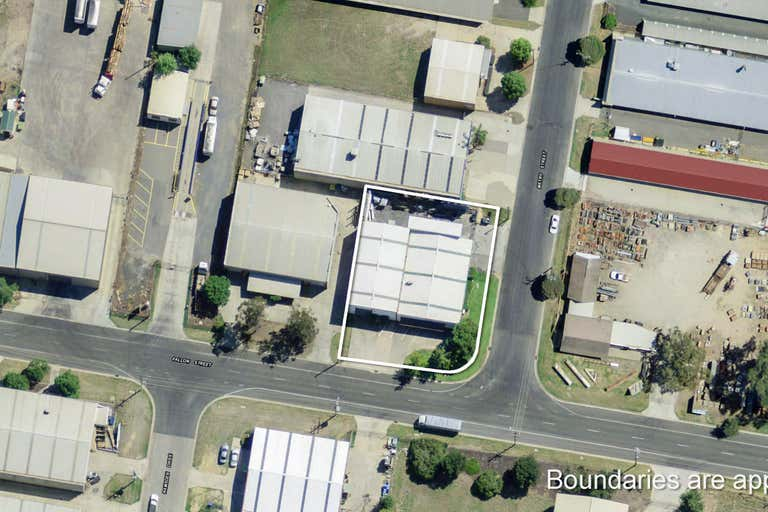 92 Fallon Street North Albury NSW 2640 - Image 2