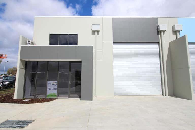 1/22 Selkirk Drive Ballarat North VIC 3350 - Image 2