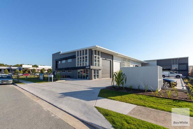2/5 Focal Avenue Coolum Beach QLD 4573 - Image 2