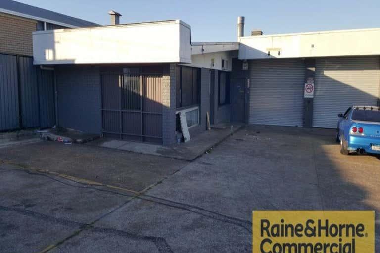 1/9 Dan Street Slacks Creek QLD 4127 - Image 1