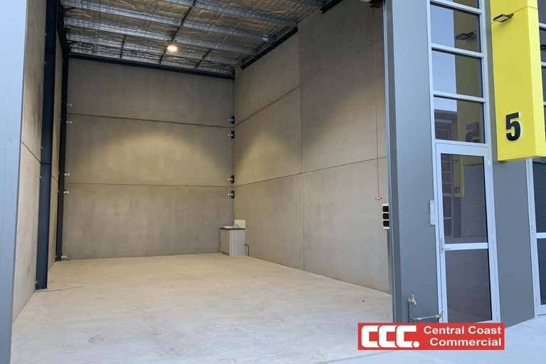 5L/44 Nells Road West Gosford NSW 2250 - Image 1