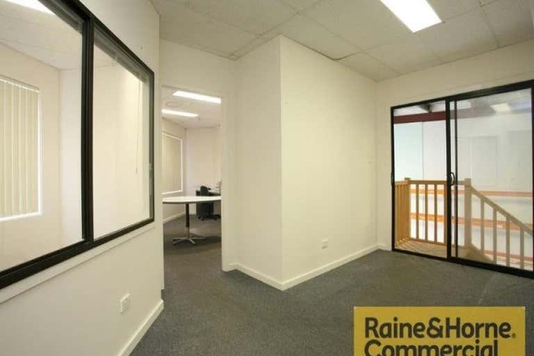 1B/121 Kerry Road Archerfield QLD 4108 - Image 2