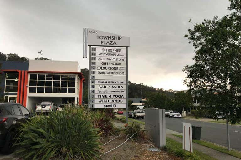 Unit 11, 68-70 Township Dr Burleigh Heads QLD 4220 - Image 2