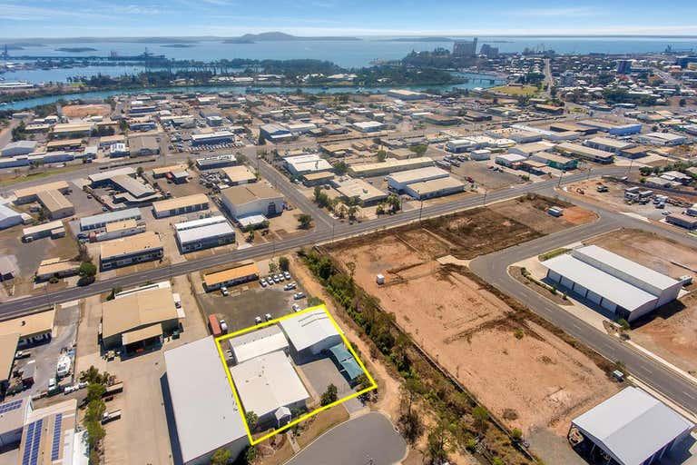 9 Hilliard Street Gladstone Central QLD 4680 - Image 4