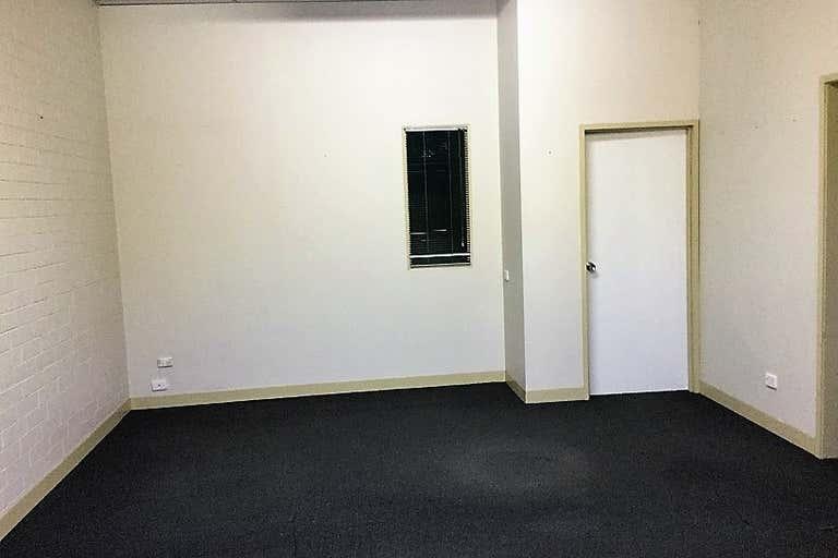 Unit 4 , 6 Barnett Court Morley WA 6062 - Image 4