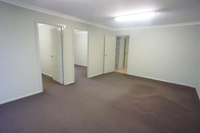 17 Groves Road Bennetts Green NSW 2290 - Image 3