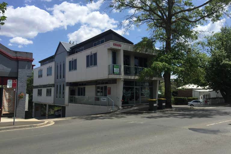 4/31a Station  Street Bowral NSW 2576 - Image 2