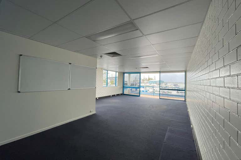 Suite 6, 237 Bayview Street Runaway Bay QLD 4216 - Image 2