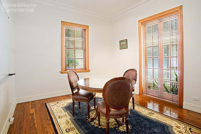 Woodstock Cottage, 1/172 Pacific Highway North Sydney NSW 2060 - Image 3