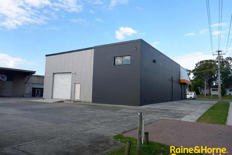 (L) Unit 1, 99 Hastings River Drive (Cnr Newport Island Road) Port Macquarie NSW 2444 - Image 4