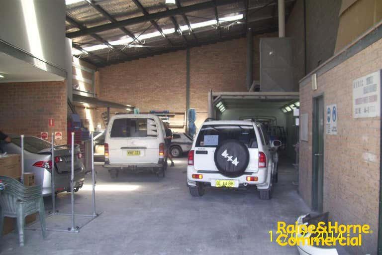 (L) Unit 2, 27 Jindalee Road Port Macquarie NSW 2444 - Image 2